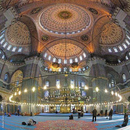 Fotobehang Turkey Interior of Yeni Mosque in Istanbul, Turkey