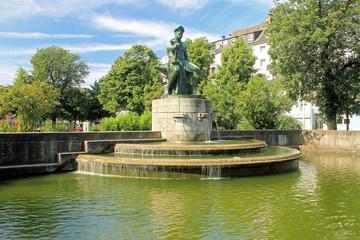 Industriebrunnen - Düsseldorf