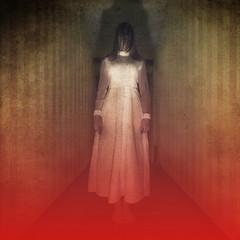 Scarry horror girl