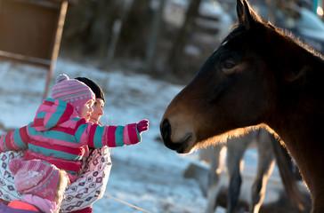 fillette et son cheval