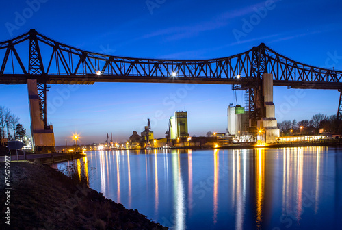 Leinwanddruck Bild Railway bridge over Kiel canal in Rendsburg, Germany
