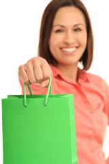 Frau mit einkaufstüte