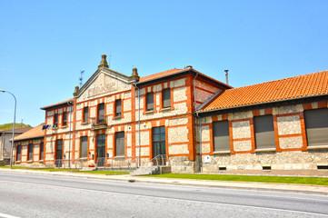 Monasterio de Rodilla, Burgos, Escuelas Aquilino Puerta
