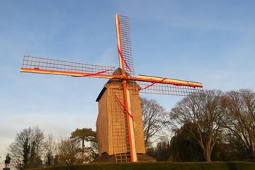 Flandre - Nord - Moulin à vent sur le mont Cassel