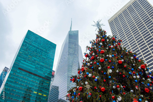 Aluminium New York New York Christmas Tree
