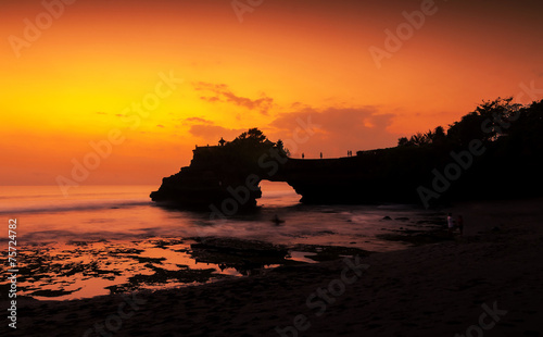 Staande foto Indonesië Tanah Lot temple in golden sunset, Bali , Indonesia