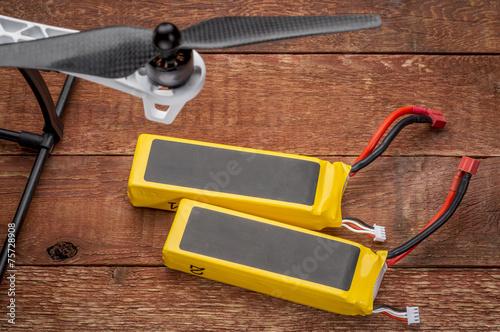 lithium polymer batterieies - 75728908