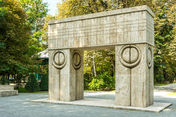 The Gate of the Kiss Stone Sculpture Made By Constantin Brancusi