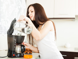 girl preparing  coffee