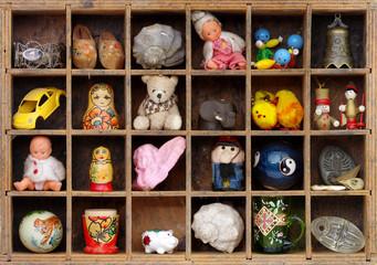 souvenir shelf vintage