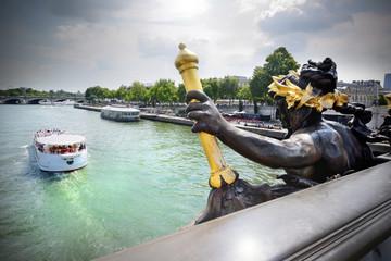 La Seine depuis le Pont Alexandre III, Paris