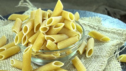 Wholemeal Penne (loopable)