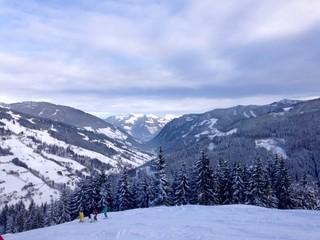 bergpanorama in den Alpen