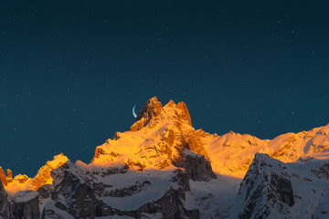 last sun of the mountains with the moon and the stars