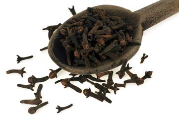 Cuillère en bois de clous de girofle