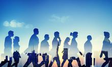 壁紙(ウォールミューラル) - Silhouette Business People Commuter Walking Rush Hour Concept