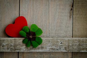 Herz, rot, Kleeblatt, vierblättrig