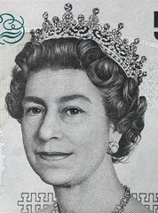 Queen Elizabeth II portrait on 5 pound sterling banknote