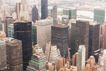 Fotomurales - New York Aerial View on a Cloudy Day