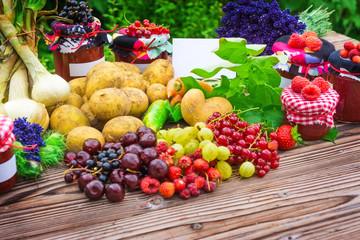Obst und Gemüse, Hofladen