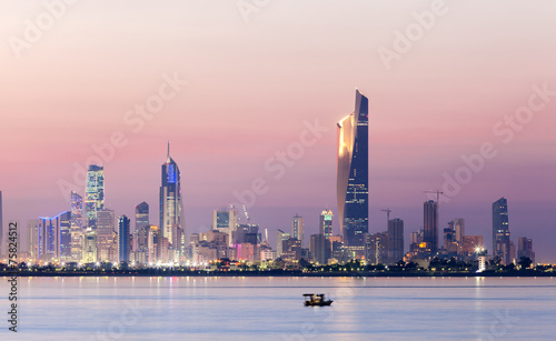 Staande foto Midden Oosten Skyline of Kuwait city at night, Middle East