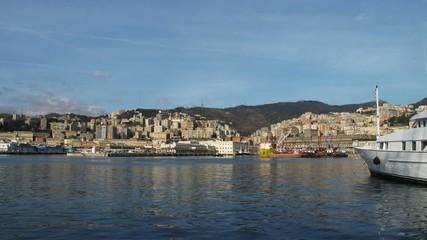 Yacht nel porto di Genova
