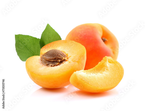 Canvas Vruchten Ripe apricots with slice