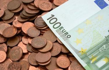 100 Euro und Pfennige