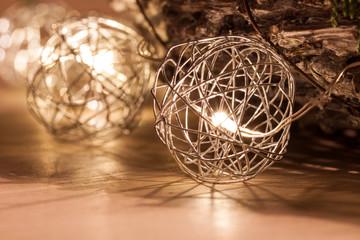 LED im Käfig