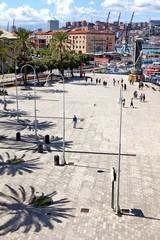 Blick auf Porto Antico in Genua