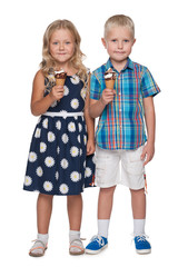 Two children with ice cream