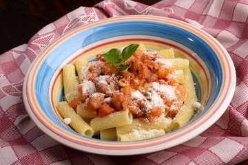 Rigatoni with pumpkin, beans and bacon
