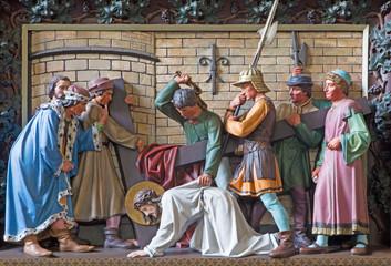 Bruges - Jesus fall under cross - relief