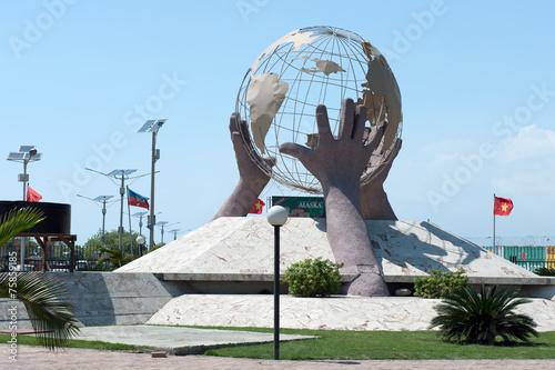 Fotobehang Centraal-Amerika Landen Denkmal in Port-au-Prince, Haiti