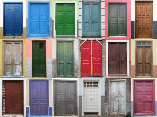 Leinwanddruck Bild 18 Holztüren