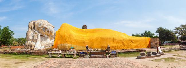 Panoramabild des liegenden Buddhas in Ayutthaya, Thailand