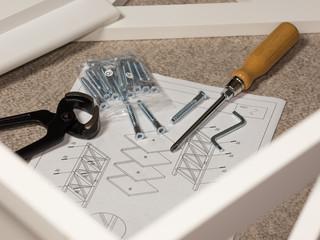Umzug - Umziehen - Möbel aufbauen - Einzug