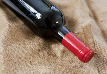 vin rouge en bouteille