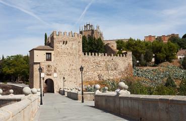 alcazar above the medieval San Martin bridge - Toledo
