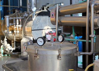 distillation of essential oils in factory