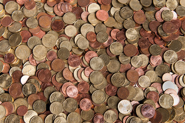 Ein haufen Kleingeld von oben
