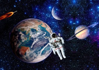 Astronaut Spaceman Earth Moon