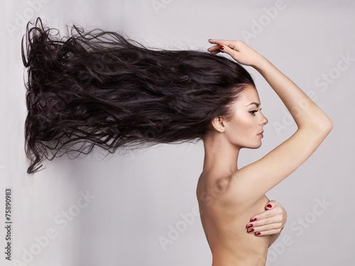 Poster Elegant naked lady with long healthy hair