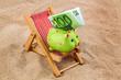 canvas print picture - Liegestuhl mit Euro Geldschein
