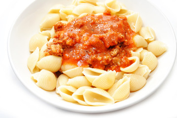Tomato Bolognese Sauce on Cooked Pasta Shells