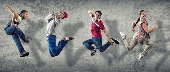 Hip hop dancers