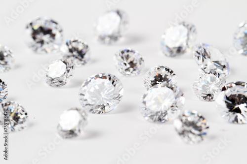 輝くダイヤモンド - 75918542
