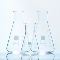 Set of three empty temperature resistant conical flasks for meas