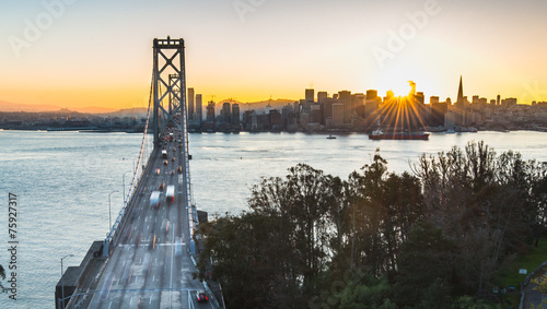 Staande foto Brug bay Bridge and San Francisco during the best moment