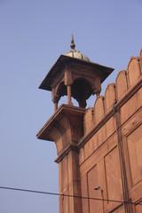une tour du rempart de la mosquée Jama Masjid